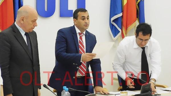 Marius Oprescu a depus jurământul pentru funcţia de preşedinte al CJ Olt