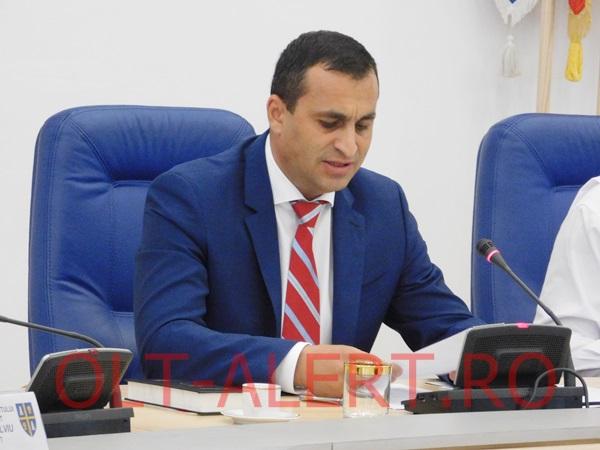 Marius Oprescu, ales presedinte al CJ Olt-1